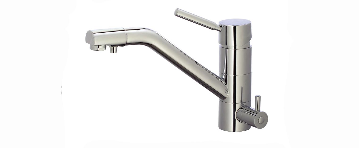 Vòi rửa bát 3 đường nước Caesar – Món quà sức khỏe của mọi nhà