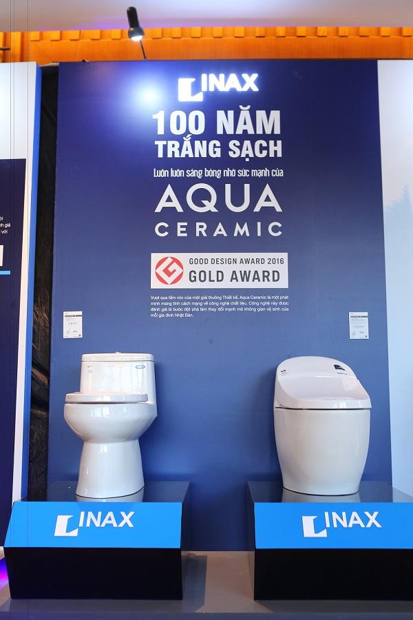 Công nghệ Aqua Ceramic vừa được thiết bị vệ sinh Inax giới thiệu trên bồn cầu hình 3